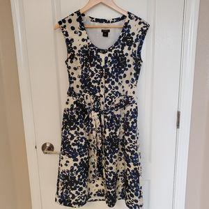 👗Ann Taylor Front Button Midi Dress - size 2